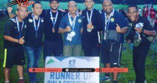 Pelatih dan ofisial PS Palembang U-17 setelah meraih gelar Runner up Piala Suratin U-17 2019 /2020. FOTO :VIRALSUMSEL.COM