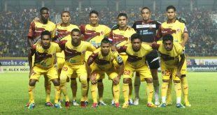 Starting eleven Sriwijaya FC musim 2012/2013 di ajang Indonesia Super League. FOTO : DOK SFC