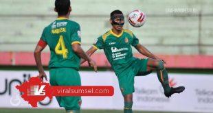 Zulkifli Syukur bek Sriwijaya FC musim 2019. FOTO : VIRALSUMSEL.COM