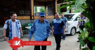 Pramono Edhie Wibowo mantan Ketua BPOKK DPP Partai demokrat saat kunjungan kerja ke Sumsel. FOTO : VIRALSUMSEL.COM