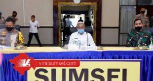H Mawardi Yahya Wakil Gubernur Sumsel bersama Kapolda dan Pangdam II Sriwijaya rapat antisipasi Karhutla 2020. FOTO : VIRALSUMSEL.COM