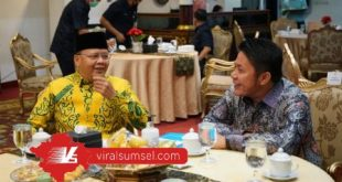 Gubernur Sumsel H Herman Deru menerima kunjungan kerja Gubernur Bengkulu H Rohidin Mersyah Griya Agung Palembang, Kamis (25/6/2020). FOTO :VIRALSUMSEL.COM