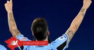 Luis Alberto gelandang SS Lazio selebrasi usai cetak gol ke gawang Fiorentina pada laga lanjutan Serie A di Stadion Olimpico, Roma. FOTO : IG LAZIO