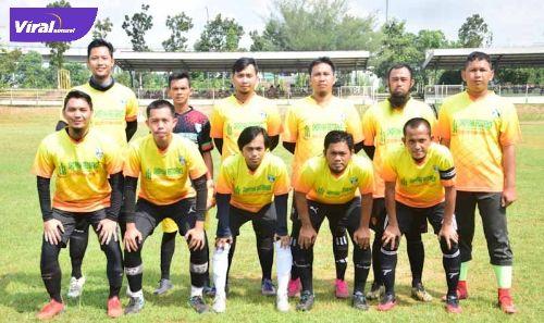 Para pemain Sohibul MIAS klub sepak bola di Palembang. FOTO : VIRALSUMSEL.COM