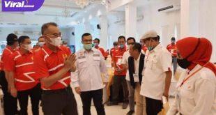 H Hendri Zainuddin Ketua Umum KONI Sumsel bersama Bupati Musi Rawas H Hendra Gunawan. FOTO :VIRALSUMSEL.COM