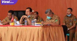 Walikota Prabumulih Ir H Ridho Yahya MM memimpin mediasi terakhir dengan pedagang ikan Pasar Basah di PTM. FOTO : VIRALSUMSEL.COM