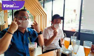 Manajer Muba United Achmad Haris bersama Yu Hyun Koo. FOTO:VIRALSUMSEL.COM