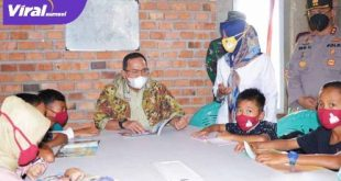 Bupati Muba Dr Dodi Reza Alex Noerdin Lic Econ MBA dalam kesempatan Kunker ke Sanga Desa. FOTO : VIRALSUMSEL.COM