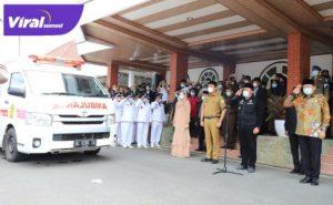 Gubernur Herman Deru saat menyampaikan sambutan setibanya di rumah dinas Bupati OKU di Baturaja. FOTO : VIRALSUMSEL.COM