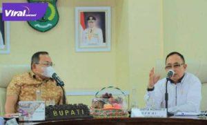 Bupati Muba Dodi Reza Alex bersama Anggota DPR RI Eddy Santana Putra. FOTO : VIRALSUMSEL.COM