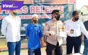 Kapolsek Kemuning Palembang, AKP Heri saat press rilis curanmor. FOTO : VIRALSUMSEL.COM