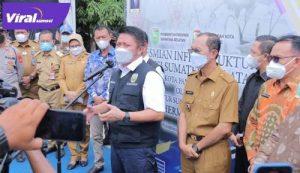 Gubernur Sumsel H Herman Deru bersama Walikota Palembang H Harnojoyo beri keterangan pada awak media. FOTO : VIRALSUMSEL.COM