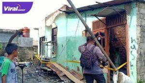 Dua rumah warga hangus terbakar di Sako, Palembang. FOTO : VIRALSUMSEL.COM