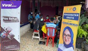 Amaliah Sobli Anggota DPD RI berikan bantuan obat-obatan pada masyarakat Sumsel. FOTO : VIRALSUMSEL.COM