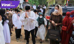 Bupati Muba Dr H Dodi Reza Alex Safari Ramadhan di Kecamatan Babat Supat, Senin (19/4/2021). FOTO : VIRALSUMSEL.COM