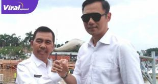 Ketua DPP Partai Demokrat AHY bersama H Ishak Mekki ketua DPD Partai Demokrat Sumsel. FOTO : VIRALSUMSEL.COM