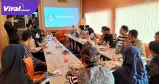 Amaliah Sobli S. KG, MBA sosialisasi Empat Pilar Bernegara pada komunitas di Palembang. Foto : Dian/viralsumsel.com