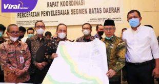 Sekretaris Daerah Muba Drs Apriyadi MSi dan Wakil Bupati Banyuasin Slamet SH penandatanganan Berita Acara Kesepakatan Batas Daerah. Foto : viralsumsel.com