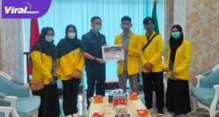 Sekda Pemkot Palembang Ratu Dewa terima audensi BEM KM FISIP UNSRI. Foto :viralsumsel.com/nto