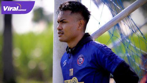 Ikhwan Ciptady bek tengah Arema FC dikabarkan gabung Sriwijaya FC. Foto : ig