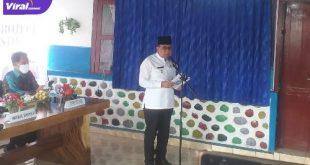 Wakil Bupati Lahat H Haryanto memberikan arahan pada warga, Kamis (1/7/2021). Foto : viralsumsel.com/oki