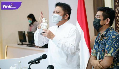 """Gubernur Sumsel H. Herman Deru menjadi narasumber pada Webinar """"Panggung Sumatera Selatan"""" secara virtual, Jumat (2/7/2021). Foto : viralsumsel.com/sep"""