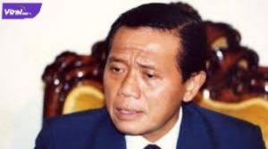Alm Harmoko Mantan Menteri Penerangan Era Presiden Soeharto. Foto : internet