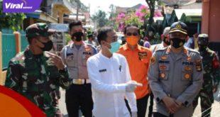 Kapolres Lahat AKBP Achmad Gusti Hartono S.IK bersama unsur FKPD kabupaten Lahat melaksanakan peninjauan ke posko PPKM berskala Mikro, Jumat (9/7/2021). Foto : viralsumsel.com/oki