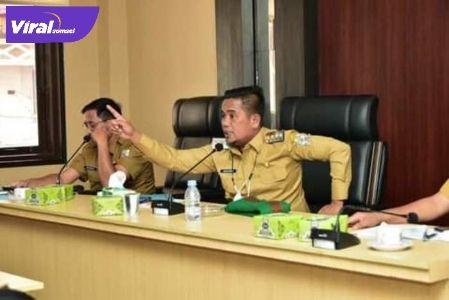 Bupati Pelalawan H.Zukri rapat dengan tujuh perusahaan, Senin (14/6/2021). Foto : diskominfo/pelalawan