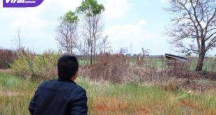 Gubernur Herman Deru saat meninjau posko satgas karhutla, di Indralaya Kabupaten Ogan Ilir, Sabtu (28/8/2021) siang. Foto : viralsumsel.com/win
