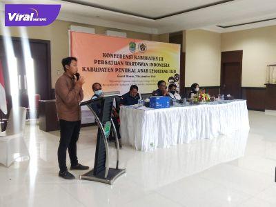 M Anasrul Dwi Nopriansyah SPd I Ketua PWI PALI periode 2021-2024 dalam Konfrensi Konferkab PWI PALI ke III di Guest House Rumah Dinas Bupati PALI, kemarin (7/9/2021). Foto : viralsumsel.com/eko