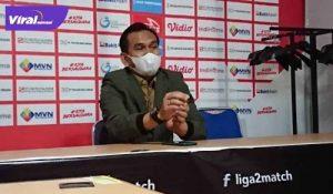 Hendriansyah Manajer Sriwijaya FC beri keterangan pada awak media. Foto : viralsumsel.com/ion
