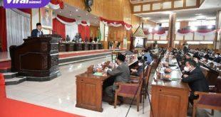 Anggota DPRD Sumsel Mendengarkan Penjelasan Gubernur Terhadap Rapeda Perubahan APBD Tahun Anggaran 2021. Foto : viralsumsel.com